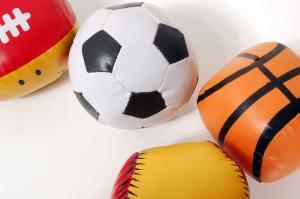 ball-1418250-1279x850